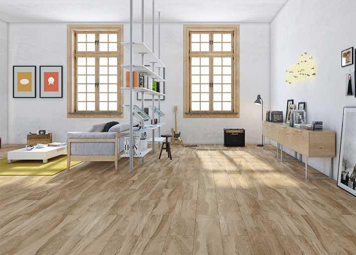 Azulejo efecto madera en interior de MC Buenavista