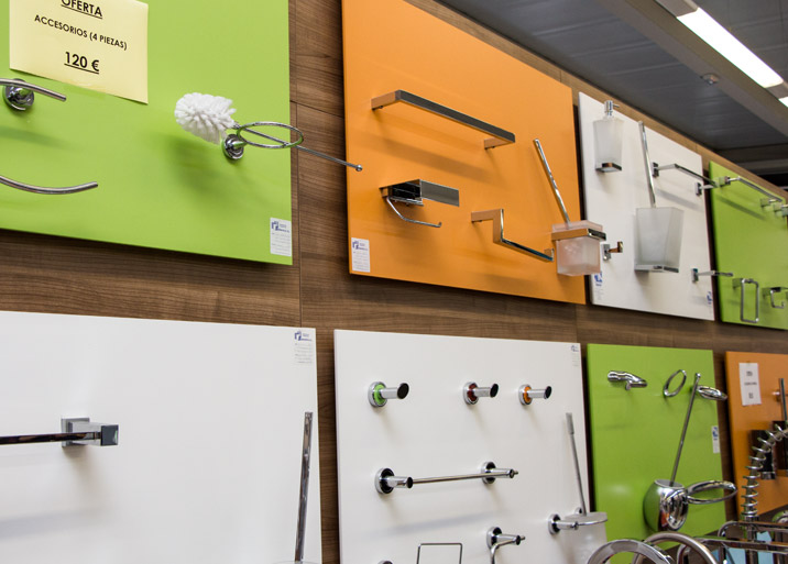 Ofertas en accesorios de baño en Materiales de Construcción Buenavista