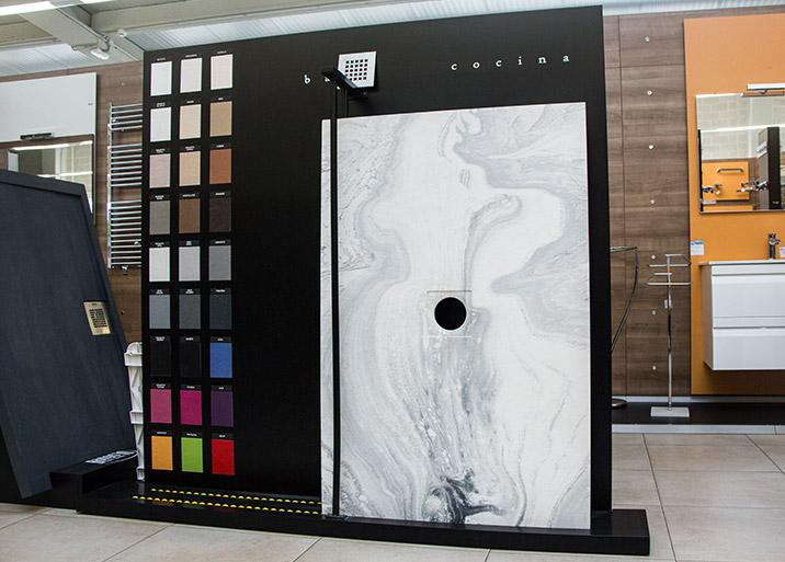 Platos de ducha distintos colores en Buenavista